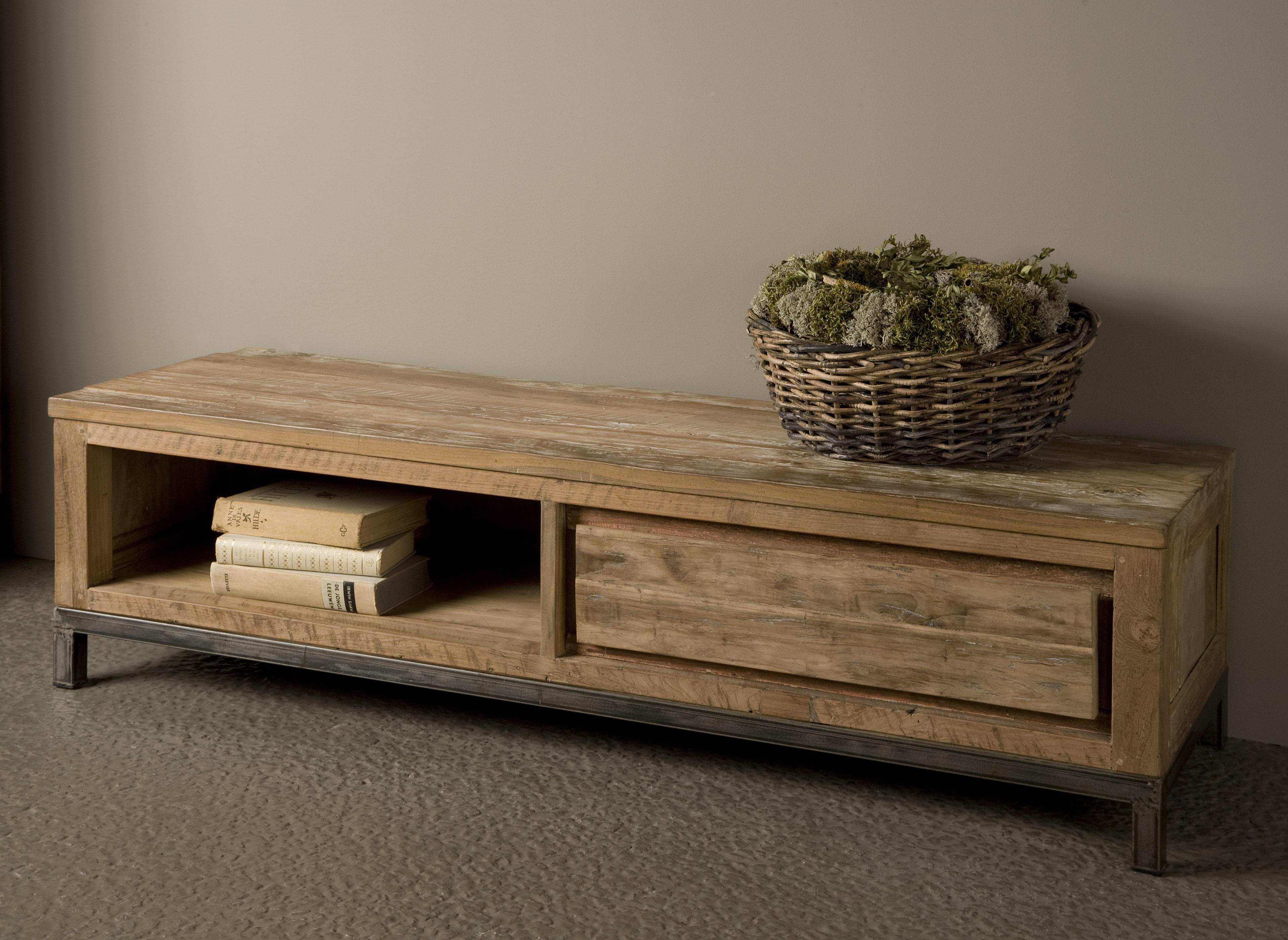 Markus john chester tv meubel oud teak staal 140cm for Meubels teak