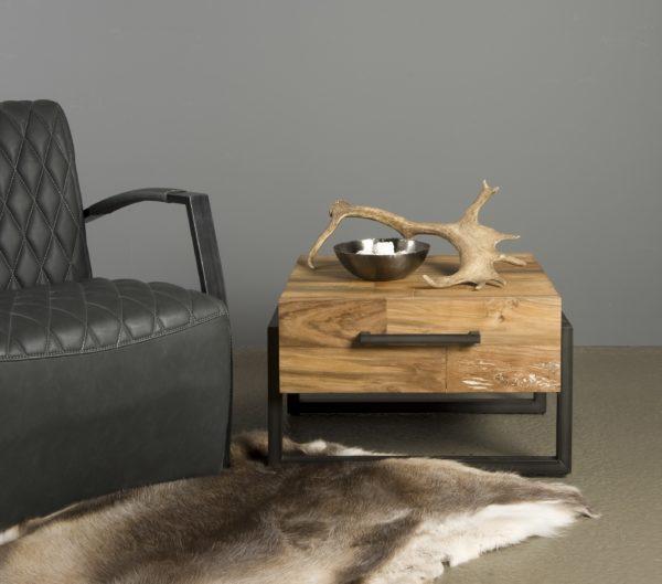 Byron End Table Industrieel Teak 60x60 cm