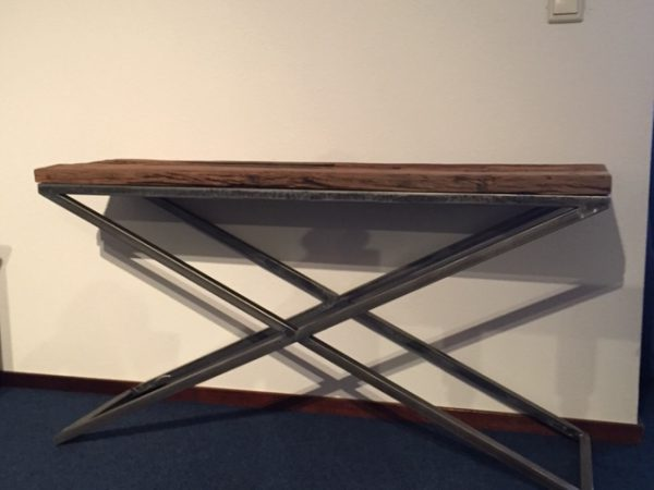 Donna Sofa Table Gerecycled Trein Hout